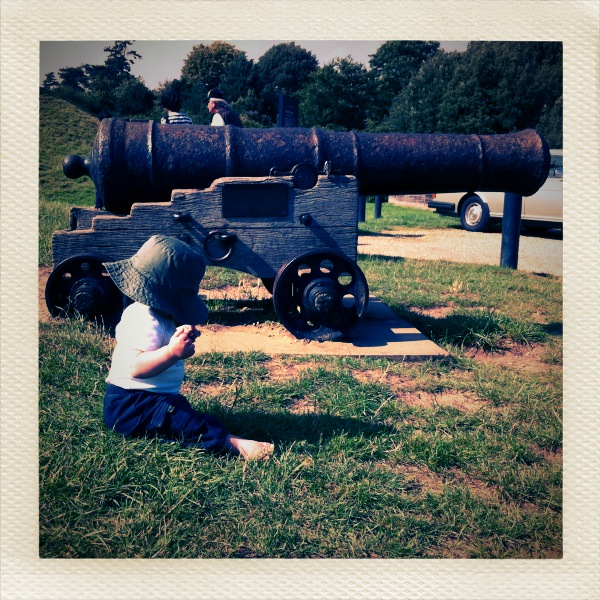 Baby & Cannon, Orford Castle