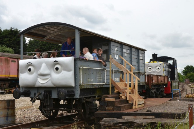 Toad and Mavis at Colne Valley