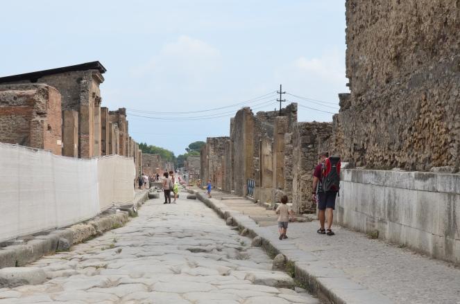 Pompeii Street-2